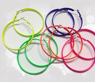 گوشواره رنگی حلقه ای نئون