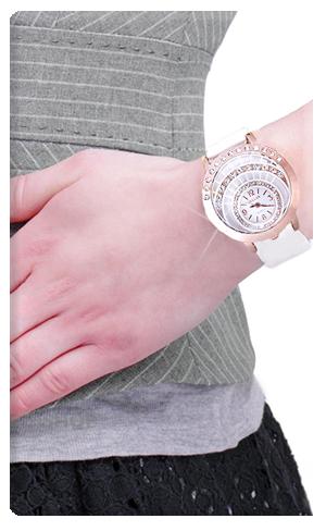خرید ساعت مچی دخترانه سفید والار طرح اِسنو