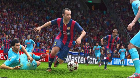 خرید بازی pes 2015 برای کامپیوتر نسخه کامل و اورجینال شرکتی DVD نقره ای