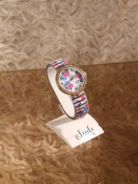 خرید  ساعت دخترانه کشی کلودیا