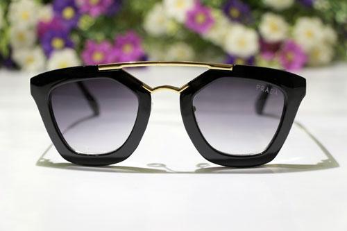 عینک آفتابی میو میو
