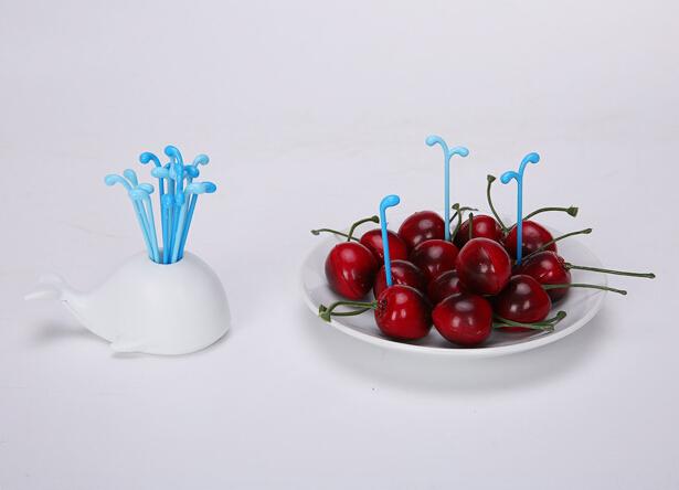 چنگال های میوه و زیتون خوری طرح وال