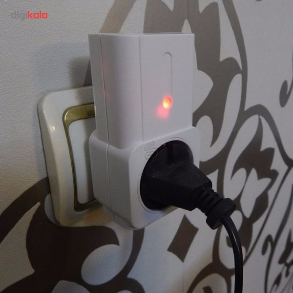 پریز دیواری برق همراه با ریموت کنترل لایوگرین - بسته 3 عددی