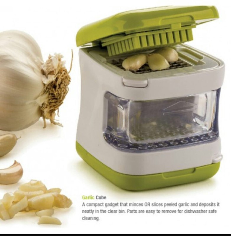 Love-of-Cooking-Easy-Garlic-Press-Garlic-Chopper-0-2 (1)