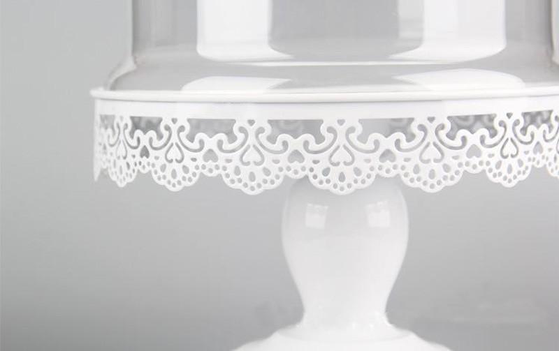 کیک خوری پایه دار با در پوش شیشه ای