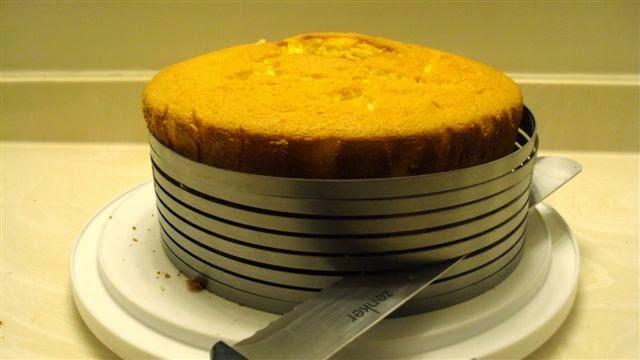 خرید پستی  قالب برش کیک حرفه ای