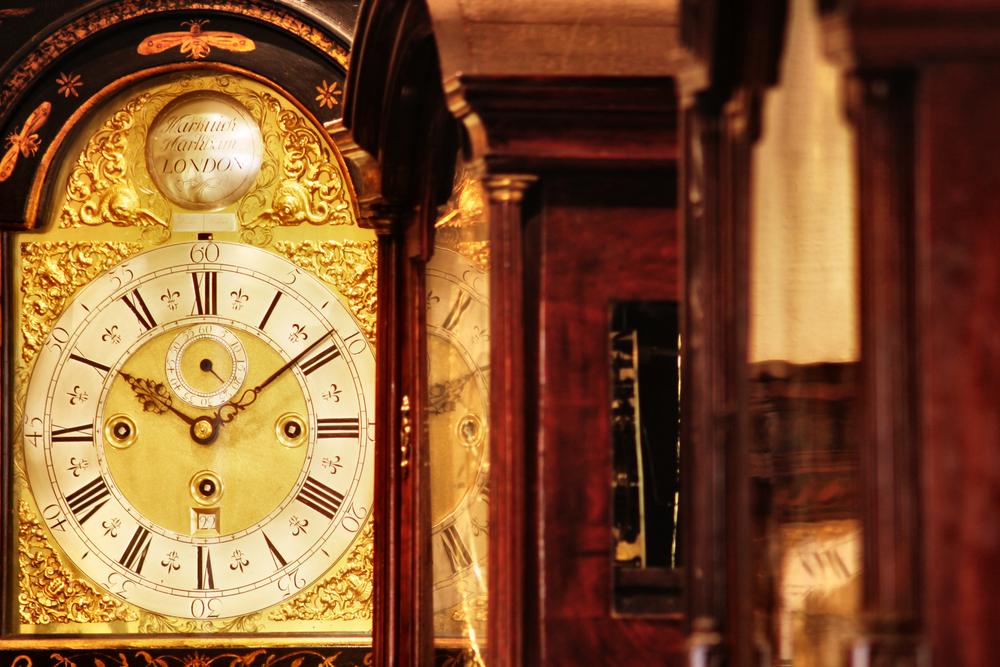 ساعت ایستاده پاندول دار