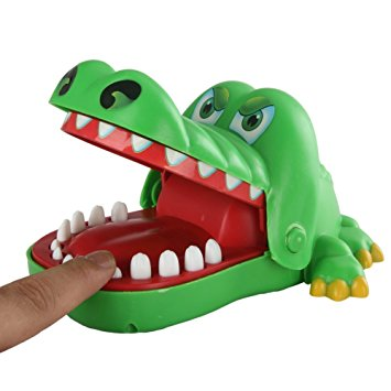 خرید پستی اسباب بازی دندانپزشک کروکودیل
