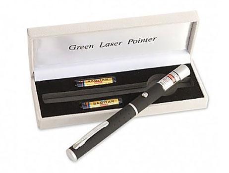 خرید پستی  قویترین لیزر پوینتر برد7کیلومتر